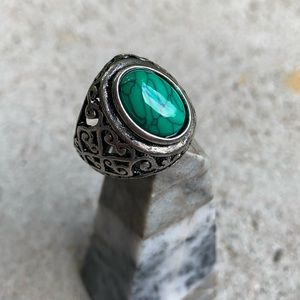 Jewelry - Turquoise Ring Size 10
